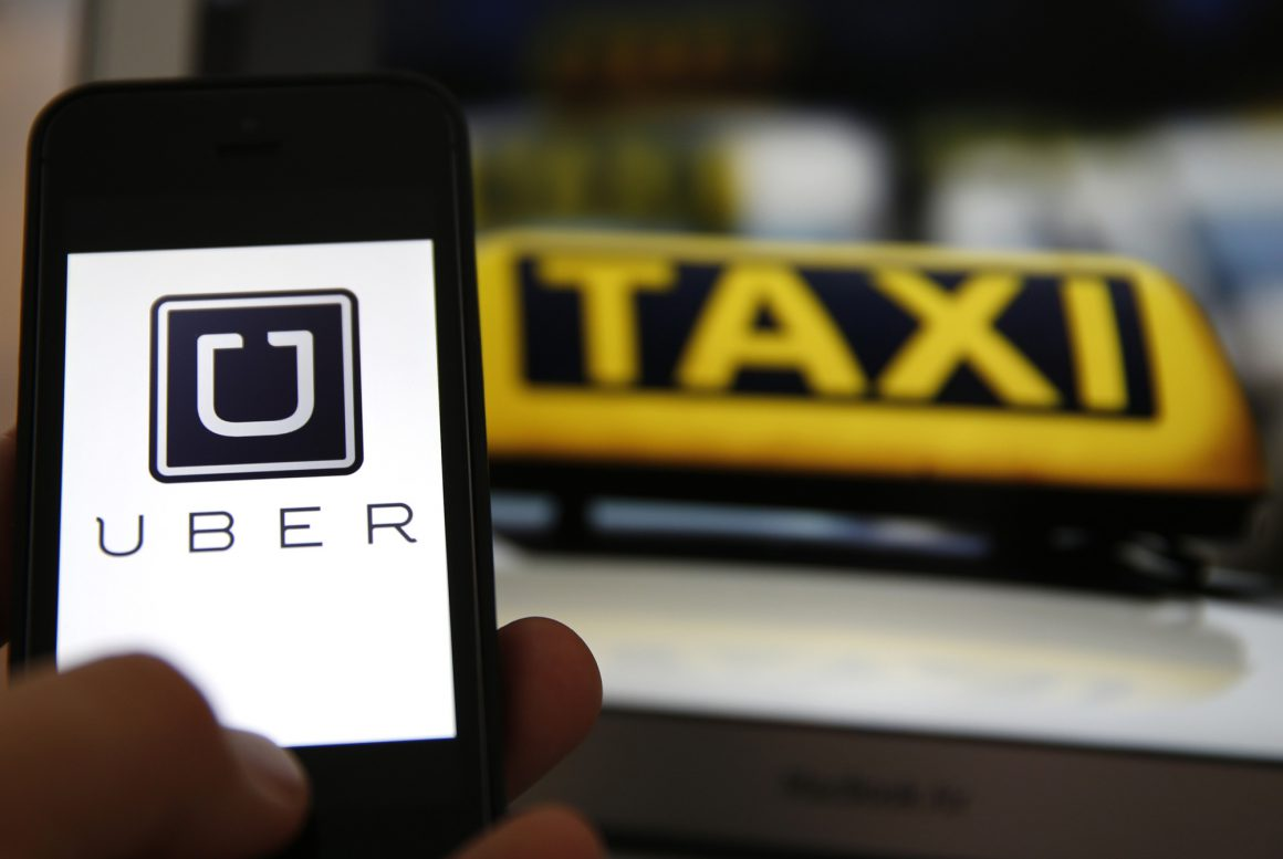 Taxis Vs Uber Cafe Paraguay
